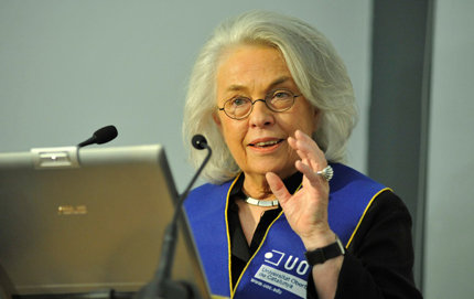 After earning an honorary degree from the Open University of Catalonia, University Professor Hanna Damasio of USC Dornsife notes that technical progress permits a fruitful crossroads where cognitive neuroscience meets with social and political sciences, economics, humanities, medicine, neurology, psychiatry and pediatrics. Photo courtesy of Open University of Catalonia.
