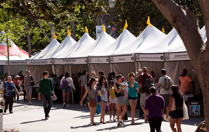 Readers of all ages enjoy presentations by novelists, poets, journalists, chefs, musicians and celebrities at the18th annual <em>Los Angeles Times Festival of Books</em> held April 20-21 at USC. Photo by Vanessa Preziose.