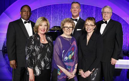 USC Alumni Award Recipients (from left to right): Mark Ridley-Thomas '89, Linda Givvin '70, Barbara Cotler '60, USC Trustee Frank Fertitta III '84, Geraldine Knatz '79 and USC Trustee Jerry Neely '58. Photo by Steve Cohn.