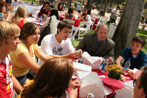 USC College Welcomes New Students