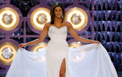 Kristen Cavinder during the Miss America pageant's gown competition. The USC College alumna was a member of the Sigma Alpha Lambda service and honor society. Photo credit Zimbio, Inc.