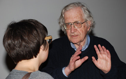 Linguist Noam Chomsky chats with a student during a recent conference honoring the work of Jean-Roger Vergnaud, Andrew W. Mellon Professor of Humanities and professor of linguistics in USC Dornsife, who died Jan. 31. Photos by Pamela J. Johnson.