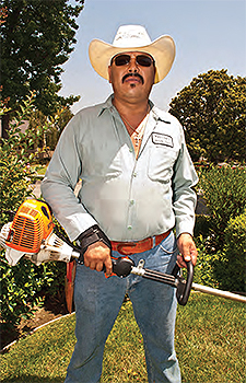 image description many mexican immigrant gardeners