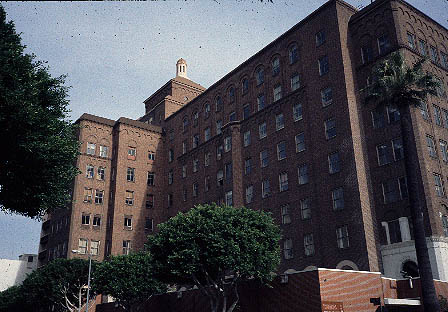 California hospital medical center downtown los angeles walking founded by dr walter lindley and two other physicians in 1887 this hospital traces its roots back to a building at 315 w 6th street downtown los angeles sciox Image collections